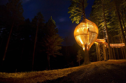 Yellow Treehouse, un restaurante en el árbol